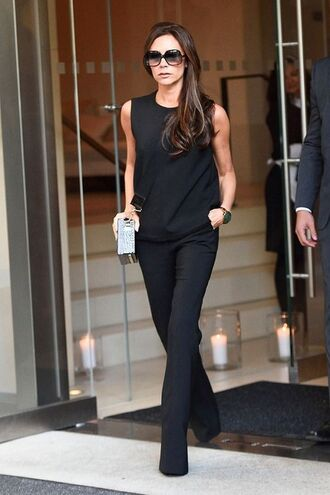 pants celebrity work outfits work outfits office outfits black pants flare pants top black top sleeveless top sleeveless sunglasses black sunglasses victoria beckham celebrity style celebrity all black everything