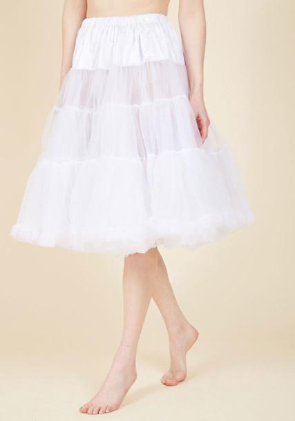 5180 bunny classic white skirt