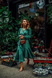dress,dressg,green dress,polka dots,shoes,bag