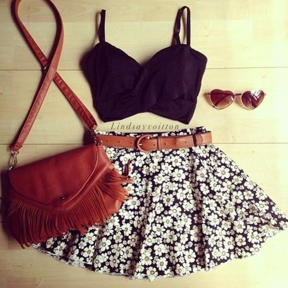 skirt black spring fashion crop tops floral brown belt daisies bag belt tank top flower white navy brown brownish redish crop tee crop tee sunnies sunglasses t-shirt crop tops glasses