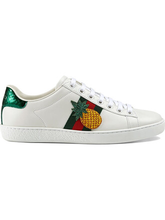 embroidered women leather white shoes