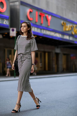 style scrapbook blogger top skirt shoes bag
