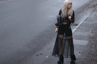 sara luxe blogger tulle skirt black jacket