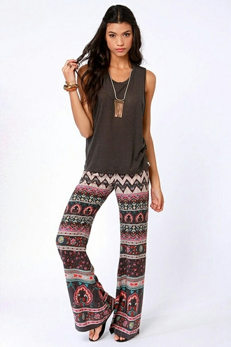 pants bellbottoms cute tribal pattern adorable outfit helpmefindit!