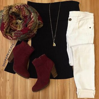 top scarf white jeans winter outfits cute dark colors black burgundy multicolor dark colours dark long sleeves jeans skinny jeans white skinny jeans gold gold necklace long necklace