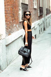 pants,tumblr,black pants,cropped pants,culottes,shoes,mules,top,all black everything,black crop top,crop tops,bag,sunglasses