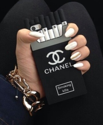 phone cover chanel black