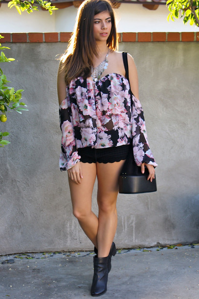 top floral floral top bohemian boho indie off the shoulder outfit summer outfits summer top spring spring break spring outfits crochet shorts style fashion cute jewelry purse boots black black top tumblr outfit tumblr women crop tops girly summer