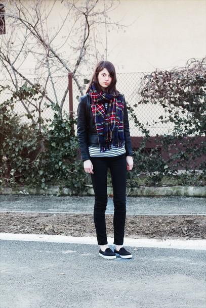 mes memos blogger tartan scarf vans