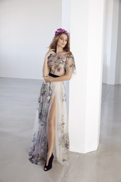 dress,tulle dress,flowers,long dress,wedding dress,pastel,vintage,modern,pink,blue,white,appliques,lace dress