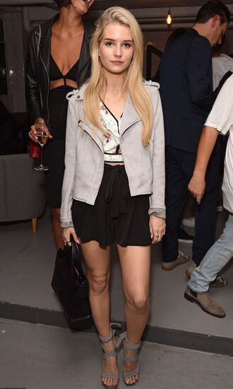 skirt top crop tops jacket lottie moss model off-duty spring outfits sandals sandal heels
