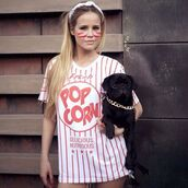 fusion clothing,pop corn,print,printed t-shirt,model,summer outfits,photography,jersey,style