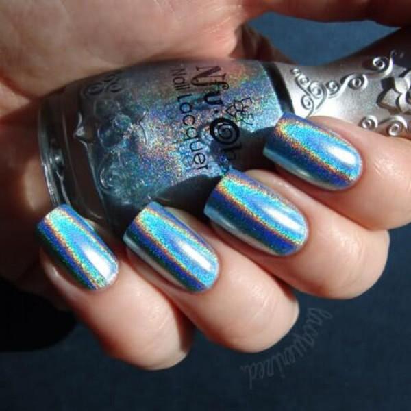 nail polish halographic metallic nails