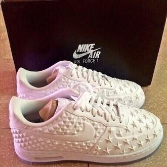 shoes nike white white shoes sneakers nike running shoes nike shoes nike air nike free run nike sneakers