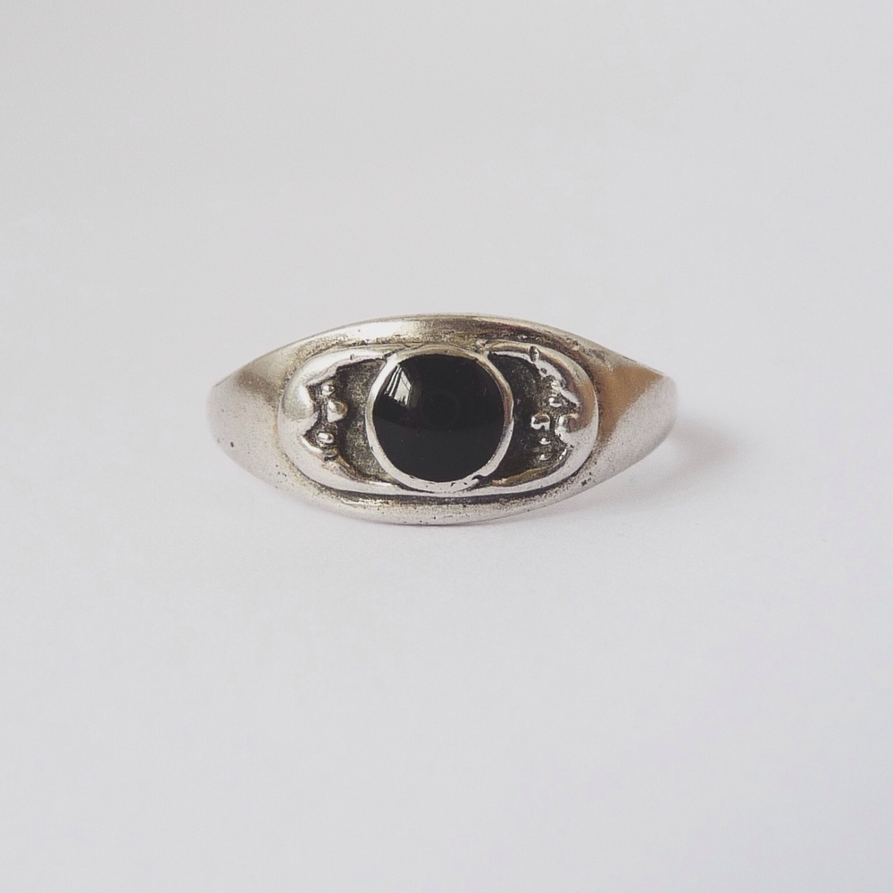 Moon brothers vintage ring / annarack