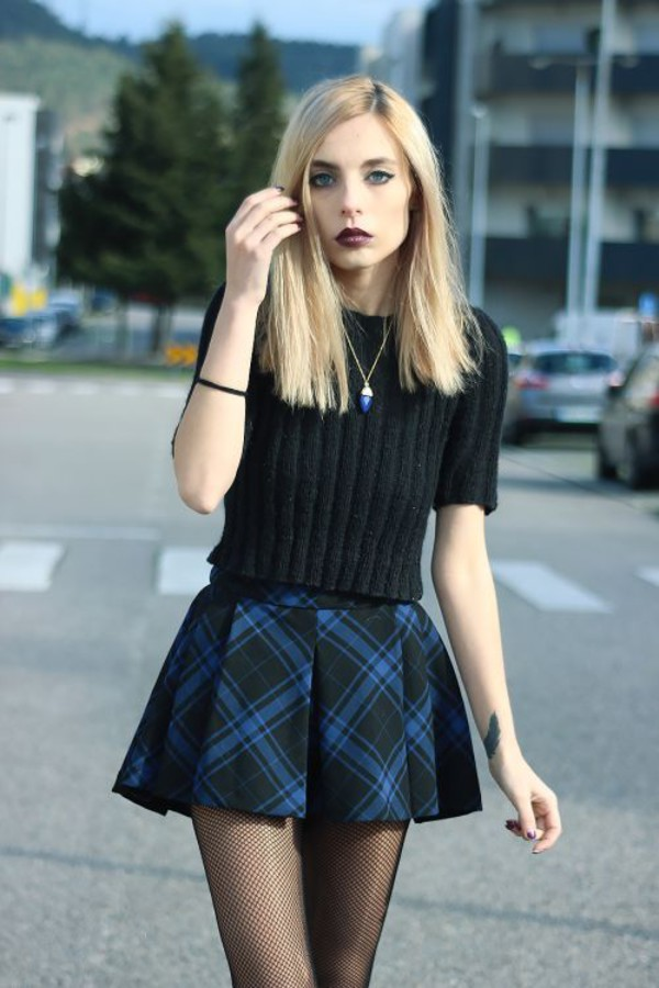 Skirt: sweater, grunge, alternative, make-up, jewelry, tights ...