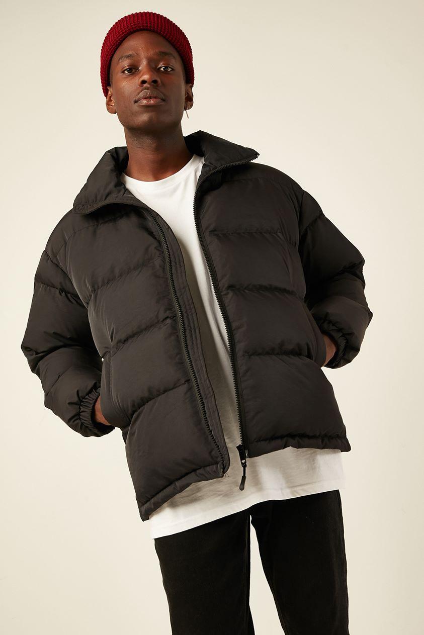 Common Need Antarctica Puffer Jacket Black
