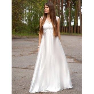 dress white classy maxi dress elegant beautiful romantic summer dress trendsgal.com