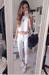 phone cover,bag,top,cropped sweater,statement necklace,white crop tops,necklace,gold necklace,white pants high waisted white,white pants,high waisted pants,white jeans,style,fashionista,clothes,trendy,white girl,black bag,basic,on point,on point clothing,blouse,jeans,jeans pretty,white top,t-shirt