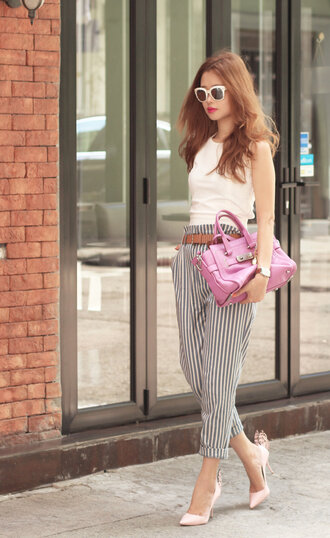 mellow mayo blogger top striped pants pink bag white sunglasses cropped pants