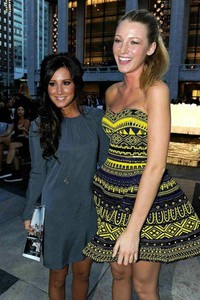aztec aztec print blue dress blake lively blue and yellow yellow dress yellow blue dress aztec print dress