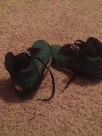 shoes color oregons ducks
