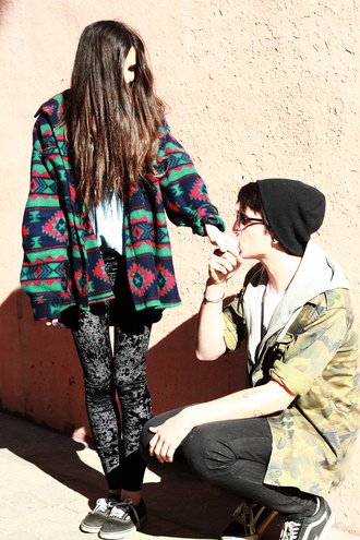 aztec jacket sweater jeans grunge vintage green red blue couple weird pattern oversized fabric warm