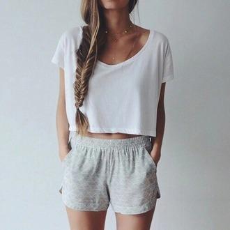 t-shirt shorts white grey fashion sportswear grey shorts chic