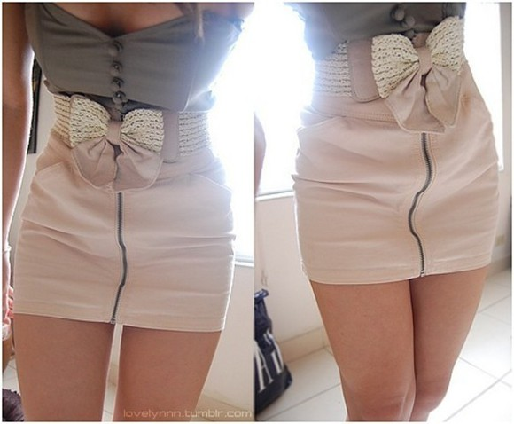 skirt grey top creme skirt creme bow belt pink pink skirt strapless dress bow belt zip-up belt shirt dress zip-up skirt button-up top two piece noeud clothes bows top blouse zipper ribbon bow summer cute buttons tank top