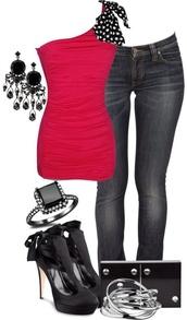 t-shirt,top,jeans,shoes,jewels,stiletoes,pumps,accessories