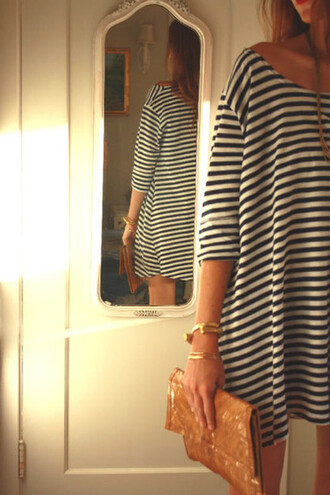 dress striped dress stripes black and white t-shirt loose fit loose shirt striped shirt oversized sailor tunic skirt striped shift striped skirt black and white stripes loose dress slouchy casual casual dress simple chic simple dress travel strippy dress black white black and white dress babydoll dress black white gold gold jewelry mini dress mini