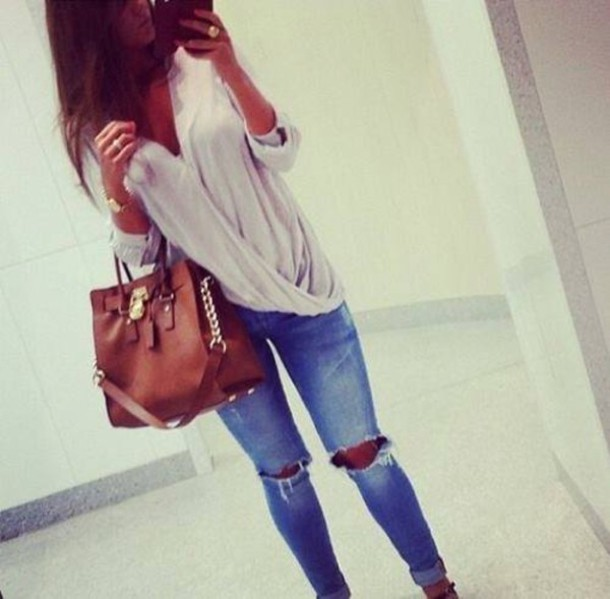 jeans shirt bag heather grey fashion lovely sweater blouse ripped t-shirt classy ripped jeans jeans skinny jeans knee hole pants long sleeves tank top wannakissu blousse i loooved this look cute cream draped baggy cardigan style grey coton open top large flowy