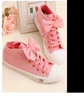 shoes pink shoes pumps laceshoes hightops trainers sneakers girls sneakers girly girl bow shoes bows pretty pretty little liars trendy pastel pastel pink style clothes omg! cute shoes kawaii kawaii shoes anime shoes