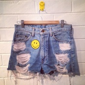 jeans,smiley,vintage,levi's,festival,cut-offs,90s style,beach,denim shorts,high waisted,high waist denim shorts,70s style