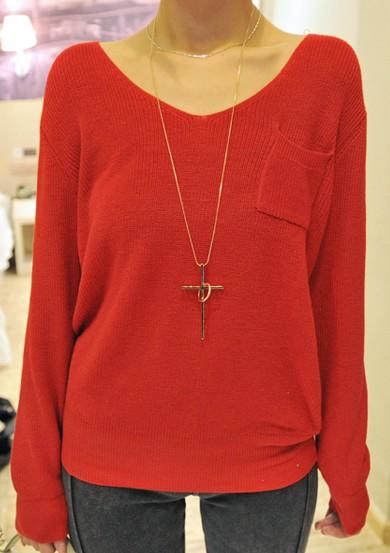 Red v neck long sleeve pocket pullover sweater