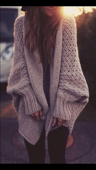 winter outfits winter sweater black leggings