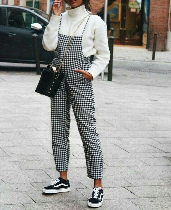jumpsuit sweater clothes dungarees checkred pinterest blogger bag vans car women fashion black white black and white black and white romper black and white checkered overalls plaid gingham