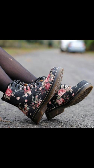 shoes boots DrMartens roses floral