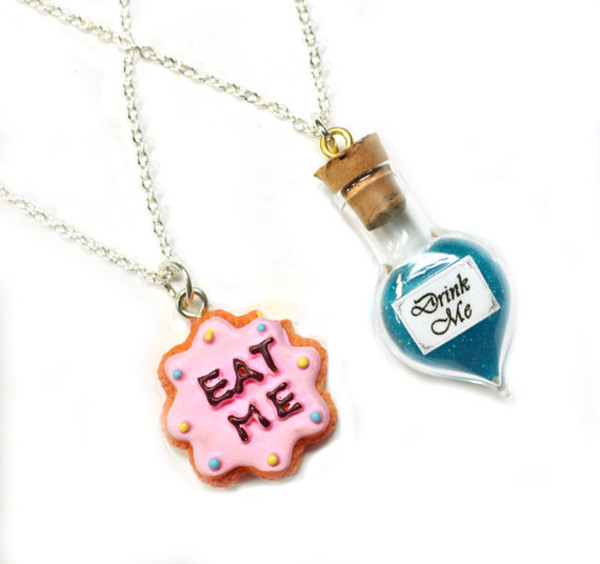 alice in wonderland friendship necklace eat me drink me