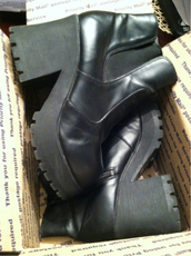 shoes,boots,amazing,chunky,big,combat boots,chunky sole,heels,platform shoes,black shoes,high heels