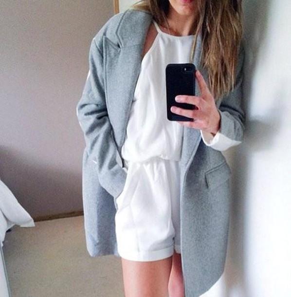 coat romper white dress tumblr wool grey white oversized blazer white jumpsuit jumpsuit blue/grey white/grey sleeves girl grey coat make-up nail accessories jacket knit blue sky blue grunge hipster minimalist minimalist girly pastel