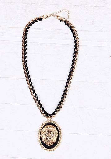 Lion Black & Gold Necklace – Glamzelle