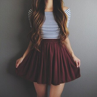 skirt burgundy burgundy skirt cute skirt cute t-shirt women t shirts skater skirt stripes striped top beautiful chic style shirt bordeau rayer rayure jupe long hair red dark red short skirt high waisted skirt high waisted wine red strings crop tops black and white maroon flowy skirt blue striped top tumblr outfit maroon/burgundy cute outfits flowy pretty pleated skirt white crop tops white black top bergundy circle skirt striped crop top tumblr cool teenagers summer fall outfits back to school