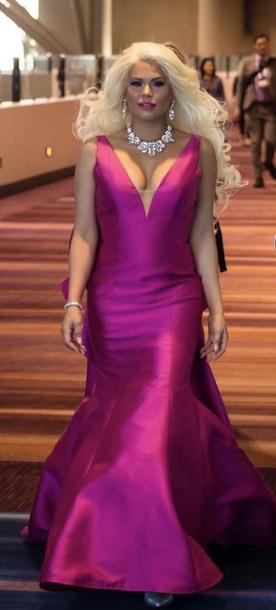 dress durbani pink jovani prom dress jovani bow barbie blonde hair long dress maría durbani fashion celebrity style celebrity celebritydress