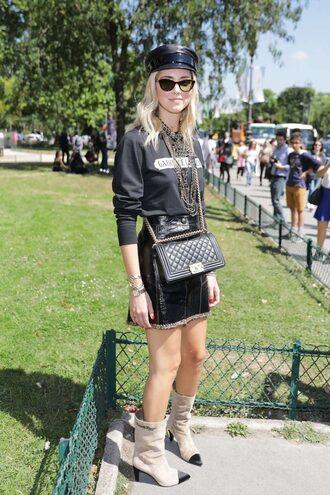 skirt purse blogger fashion week 2017 paris fashion week 2017 top hat sweatshirt boots