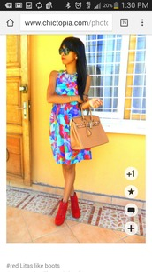 dress,any colour but the same dress