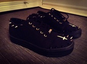 shoes,studs,creepers,black platforms,unholy