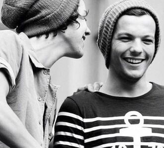 top stripes black and white striped noir et blanc t-shirt rayures louis tomlinson ancre menswear beanie