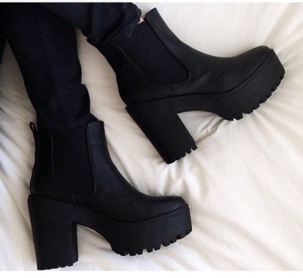 shoes grunge black cool nice photography plateau weheartit high heels black boots fall outfits heels chunky heel boots booties ankle boots