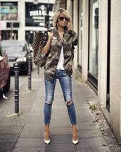 jacket,military style,pumps,skinny jeans,ripped jeans,white t-shirt,handbag,sunglasses
